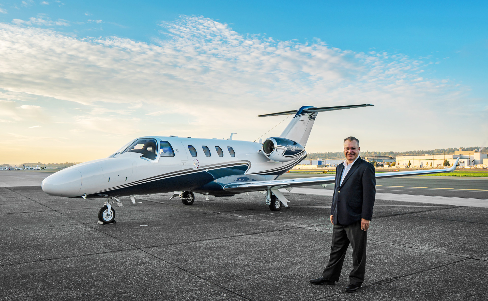Stephen Elop with his Citation M2